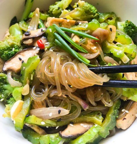 Broccoli Bittergourd Black Bean Noodle