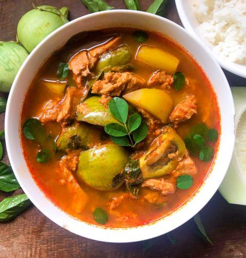 Vegan Jungle Curry (Kaeng Pa)