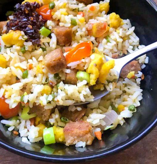 Vegan Spam Fried Rice (午餐肉炒饭)