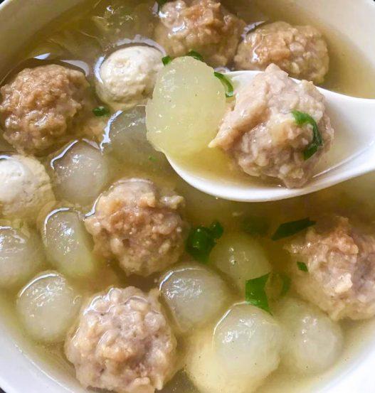 Winter Melon Tofu Balls Soup 冬瓜豆腐新膳丸汤