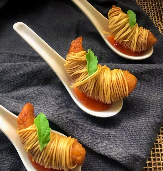 Vegan Noodle-Wrapped Prawn 面线虾